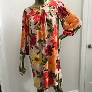 TRACY FEITH Floral Shift Dress size 6